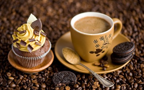7034130-cupcake-cream-chocolate-cookies-dessert-sweets-coffee-cup