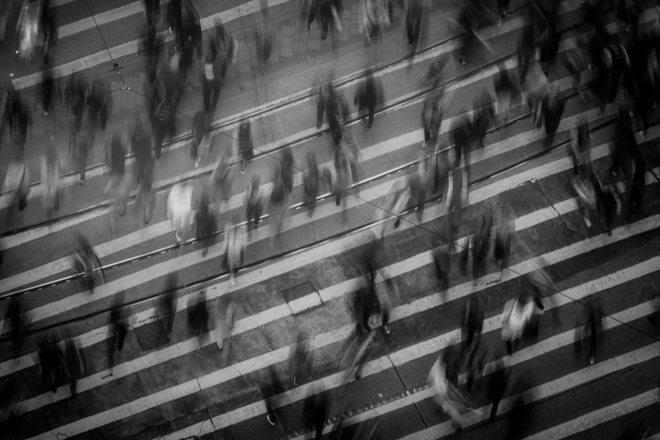 black-and-white-city-crosswalk-842339